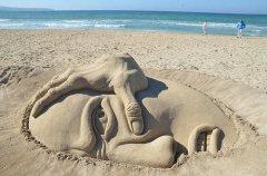 巧用工具塑造细沙的艺术生命 你也可以